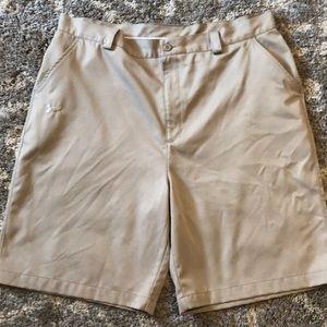 Under Armour Men's 40R Shorts